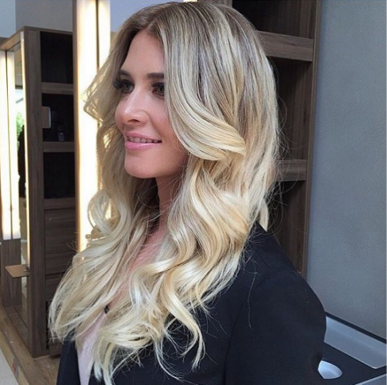 The Best Blonde Hair Sweeping in New Hair Color Ideas