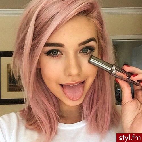 29 Impressive Short and Medium Hair Models Hair Color Ideas
