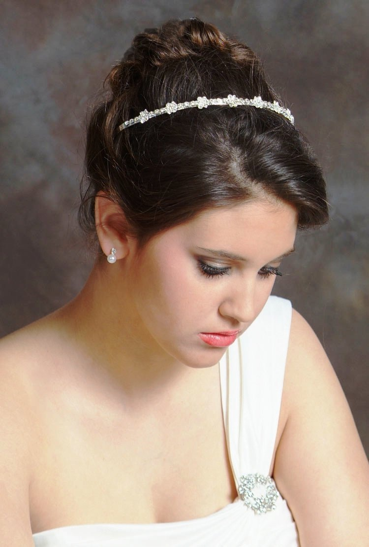 Bride Hairstyles With HeadBands: The Best Models Wedding Hairstyle