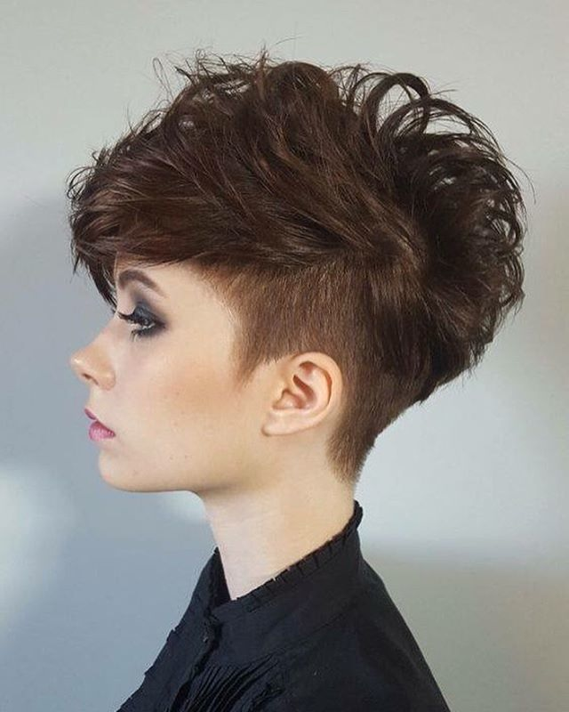 Discover the Best Short Hair Styles That You Can Adopt For The New Season New Hairstyle Trends
