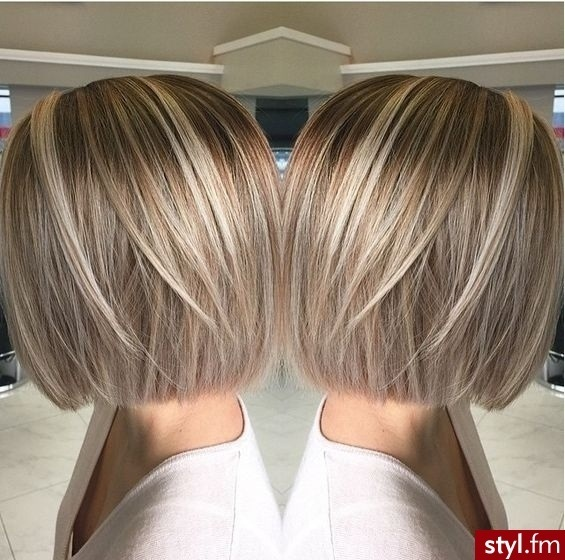 Magnificent Middle Cups to Wear Before the End of Summer! Hair Color Ideas