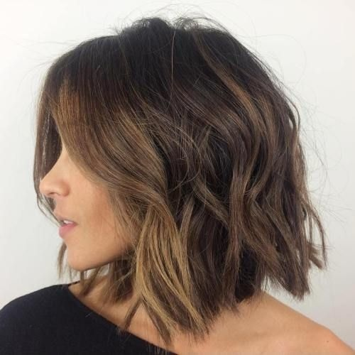 The mid-length hair cut in his finest models this season Hairdressing Medium Hairstyles