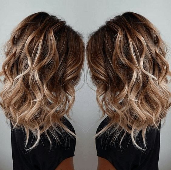degraded mid-length hair: the most beautiful models Hairdressing Medium Hairstyles
