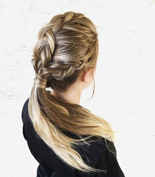 20 Practical Hairstyle Styles For A Day Of Work Hairstyles Job Interview