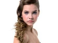 Quick and easy hairstyle for a family occasion-Photo hairstyle for a family occasion Hairdressing