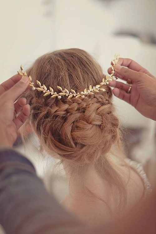 Braided Chignons: 20 Inspiring Models For This Autumn Updo Hairstyles