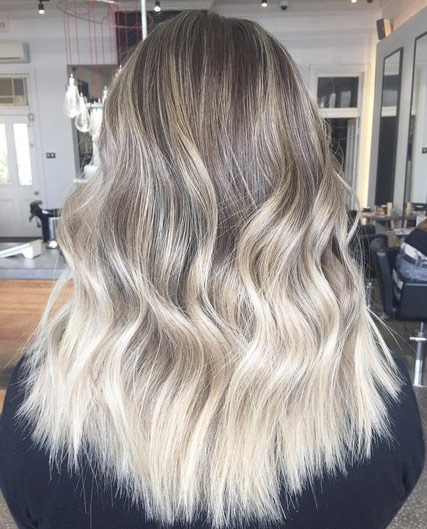 50 Beautiful Sweeps For This Season New Hairstyle Trends