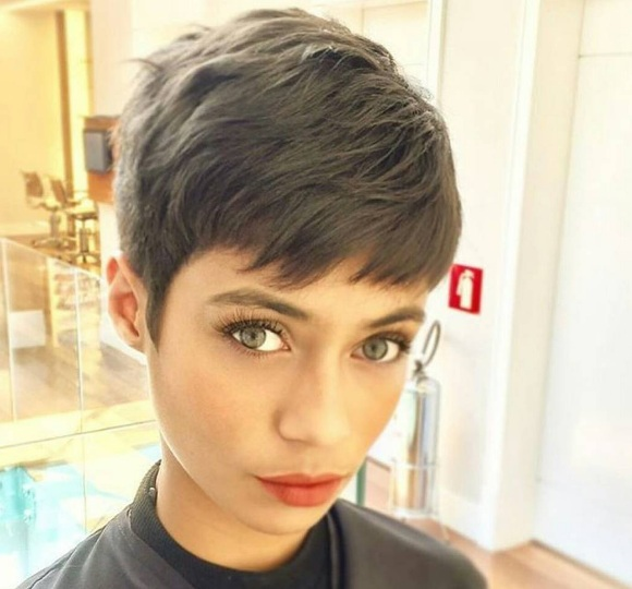 short haircut: 25 super stylish models of short haircuts for women Hair Cut Trends